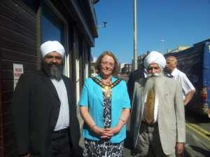 Mayor of Sandwell with Nishkam Centre Team