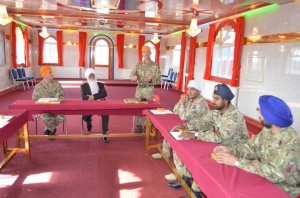 Brigadier Abraham thanks Bhai Sahib Ji for hosting the British Army