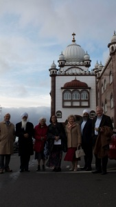 A memorable image outside the Gurudwara Sahib