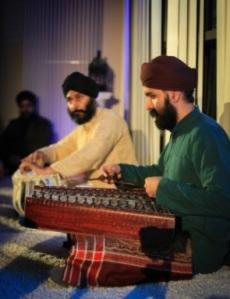 Kaviraj Singh (Santoor) and Pritpal Singh (Tabla) performing.